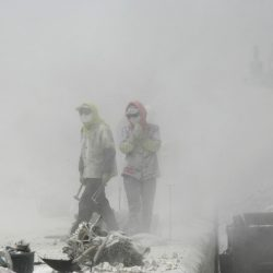 Lu-Guang-Many-factories-are-found-in-the-western-part-of-Qianu2019an.-Every-day-their-chimneys-discharge-thick-smoke
