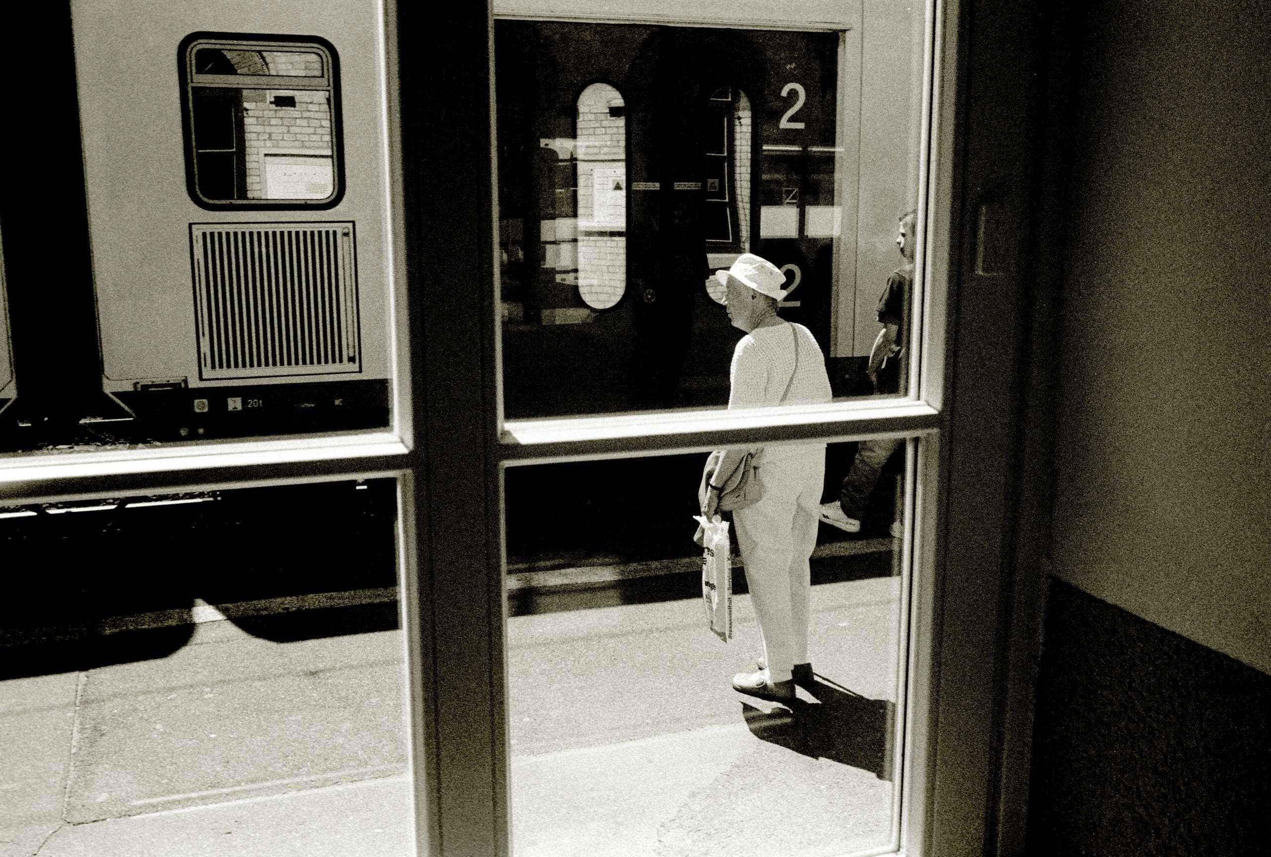 Warten auf den Zug (Titel)