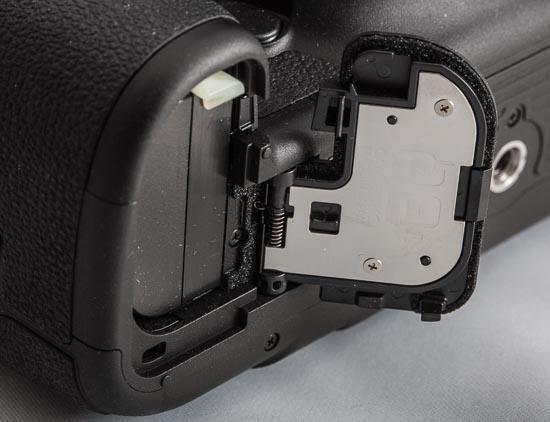 Canon EOS 5D Mark III - Akkufachdeckel