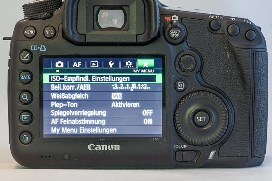 Canon EOS 5D Mark III - Staubansammlung an Gummi und Belederung